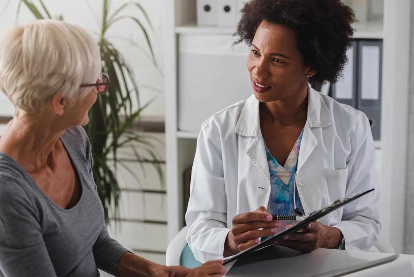 Autoimmune Specialist: Doctor and patient talking